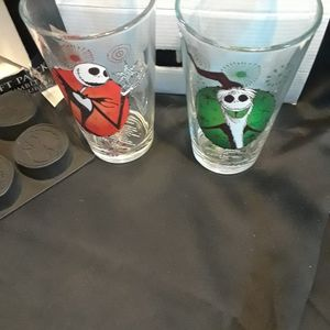 GLASS SET NIGHTMARE BEFORE. CHRISTMAS for Sale in Casa Grande, AZ