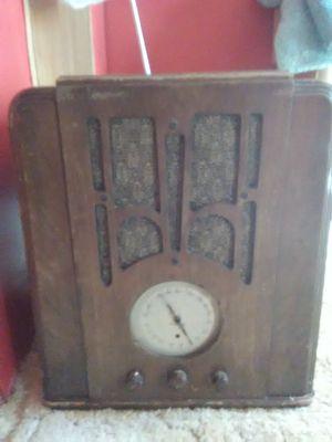 Vintage radio silvertone for Sale in Forest, VA