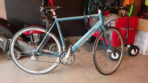 CANNONDALE ROAD BIKE for Sale in White Plains, MD