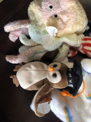 Wise the owl and goochy beanie baby for Sale in Upland, CA
