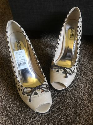 Michael Kors heels size 9 1/2 for Sale in Carson, CA