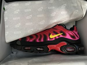 Supreme Air Max Black size 10.5 for Sale in Daly City, CA