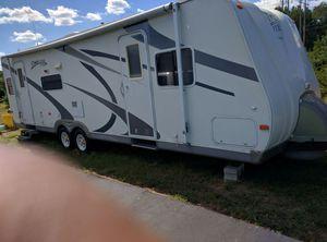 2007 McKenzie Starlite 8308s 30' travel trailer camper for Sale in Monroe Township, NJ