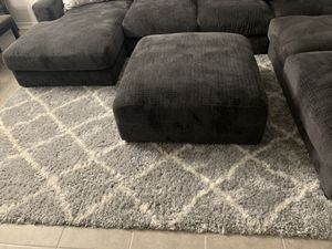 Area rug 7x9.5 for Sale in Las Vegas, NV