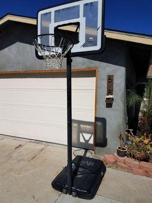 Basketaball hoop for Sale in San Diego, CA
