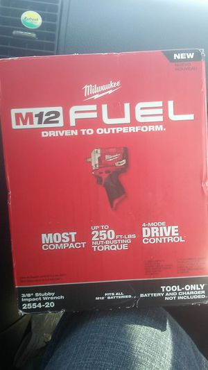 """Milwaukee 3/8"""" Stubby Impact Wrench for Sale in Ontario, CA"""