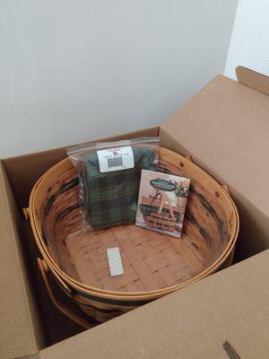 Longaberger retired basket collection - 16 baskets for Sale in Boynton Beach, FL