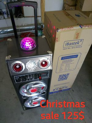 DOUBLE 10 KAREOKE BLUETOOTH SPEAKERS WITH LED DISCO LIGHTS for Sale in Apple Valley, CA