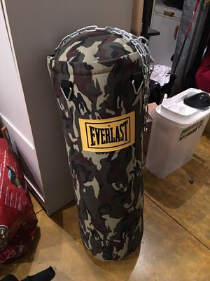 Everlast bag with TKO Bag Stand with speed bag plate. for Sale in Portland, OR