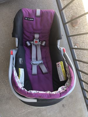 Graco SnugRide Click Connect 30 Infant Car Seat w/ Front Adjust, Kyte for Sale in Englewood, CO
