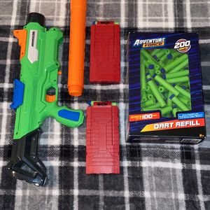 Toy Gun And Accessories (dart) for Sale in Abilene, TX