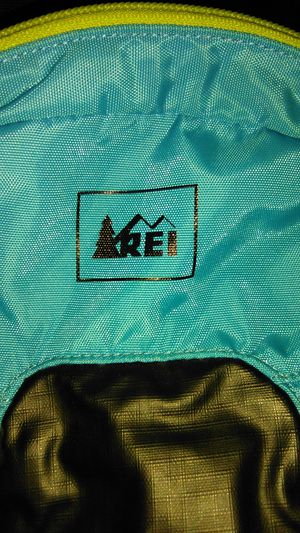 REI BRAND BACKPACK for Sale in Stockton, CA