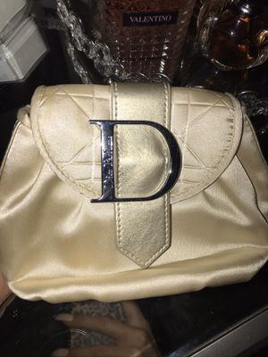 Dior cosmetic bag for Sale in Las Vegas, NV