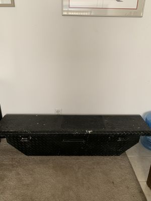 Used tool box for the bed of the truck $100 for Sale in Dunn Loring, VA