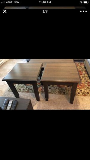 2 Dark brown end tables for Sale in Sugar Land, TX