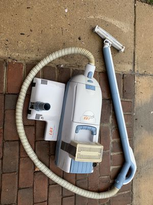 Electrolux vacuum cleaner for Sale in Rockville, MD