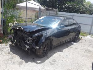 INFINITI G35X parting out for Sale in North Miami, FL