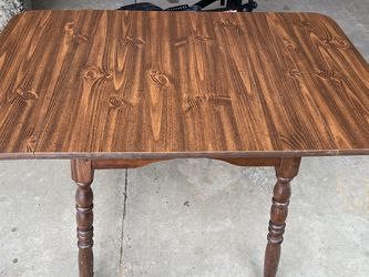 Dining Table for Sale in Grafton,  OH