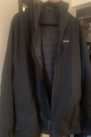 Men's Patagonia Black Full Zip Jacket Size Large - New - Snowboarding / Ski Gear for Sale in Las Vegas, NV