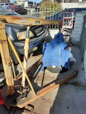 Motor lift old school works great for Sale in San Pedro, CA