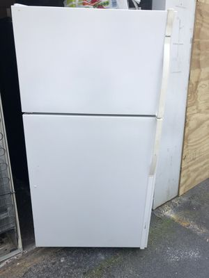 Refrigerator tops and bottom for Sale in Jacksonville, FL