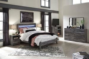NEW IN THE BOX.BEDROOM SET: QUEEN BED +DRESSER+NIGHTSTAND SKU#TCB221-SET for Sale in Santa Ana, CA