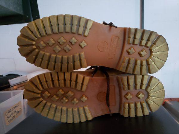 Boots 7.5 medium preowned