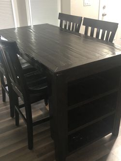 Table And 4 Chairs for Sale in Lacey,  WA
