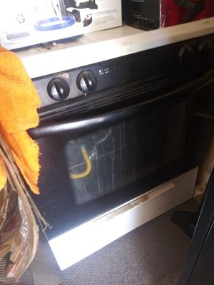 Stove and dishwasher 10$ for each for Sale in Fresno, CA