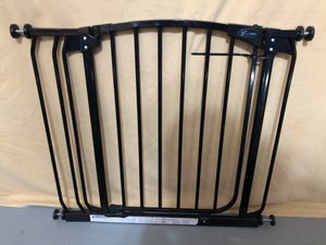 """Child/Pet gate by Dream Baby: 28-36"""" opening for Sale in Turlock, CA"""