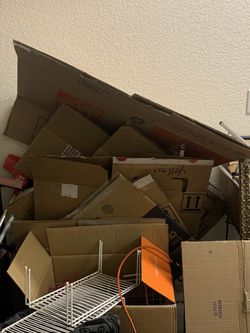 Free Moving Boxes for Sale in Colorado Springs,  CO
