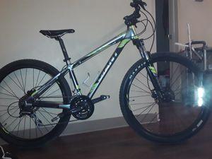 2020 giant talon mountain bike for Sale in Denver, CO