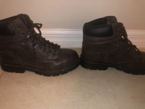 Female size 9 work boots: barn : gardening boots for Sale in Margate, FL