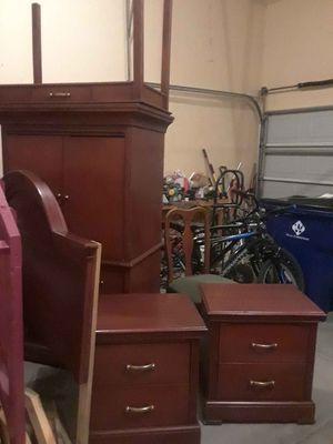 Bedroom Set (Full) Used for Sale in Bel Aire, KS