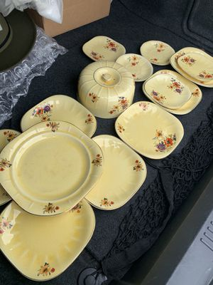 Antique Plate Set for Sale in St. Louis, MO