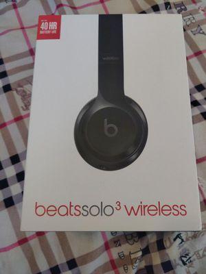 Beats Solo 3 Headphones for Sale in Chula Vista, CA