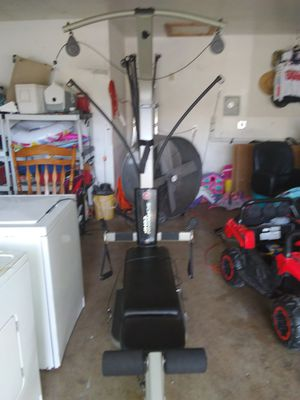 Bowflex shwinn exercise machine for Sale in San Antonio, TX