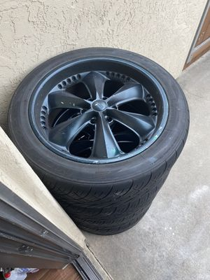 22in wheels 6lug for Sale in San Diego, CA