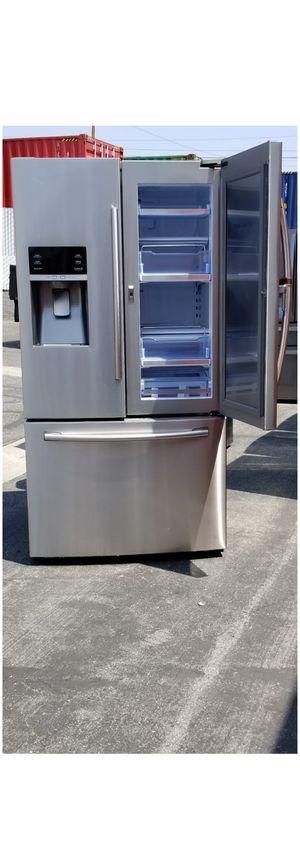 Refrigerador Samsung Showcase Door for Sale in Los Angeles, CA