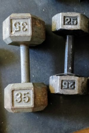 35 lb and 25 lb dumbbells for Sale in Hayward, CA
