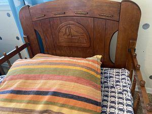 Toddler Children's Antique Vintage Bed c.1930 for Sale in Goodyear, AZ