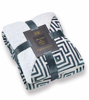 Comfy Sherpa Throw Blankets - (Greek Key Teal, 50 x 60)Brandnew for Sale in Quitman, TX