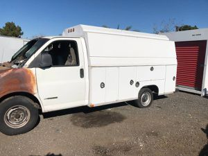 2002 Chevy Express Cutaway box truck for Sale in Los Angeles, CA
