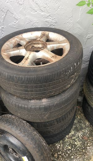 03 infinity I 35 Rims and tires for Sale in Tampa, FL