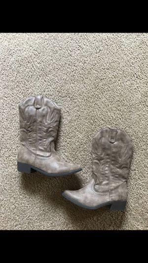 Women's boots for Sale in Brea, CA