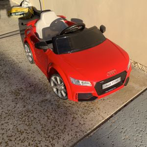 Costzon Kids Ride On Audi TTRS for Sale in Carlsbad, CA