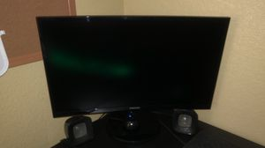 """Samsung 24"""" curved monitor for Sale in Mansfield, TX"""