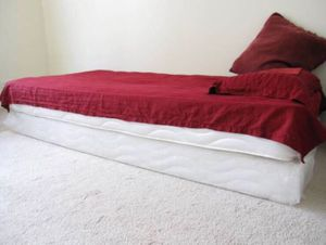 Twin Bed for Sale in Chicago, IL