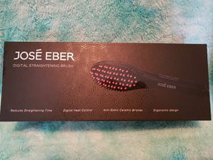 Jose' Eber Digital Straightening Brush for Sale in Lake Placid, FL
