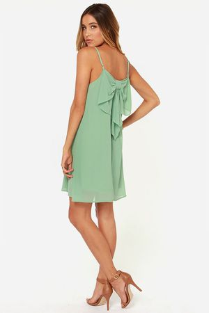 Bow Fo Show Sage Green Shift Dress for Sale in Los Alamitos, CA